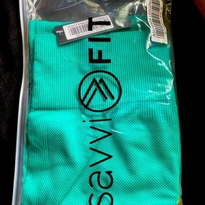 Brand New SAVVI Ashtanga leggings-Waterfall Color